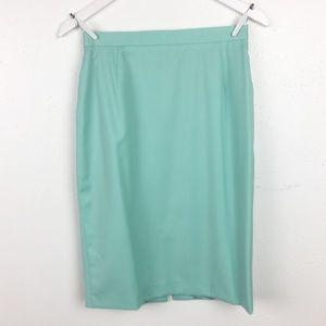 Escada Size 36 Mint Green Classic Pencil Skirt